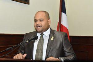 *Ex Presidente de la Sala Capitular de SFM Richard Tejada regresaría al PRD con Luis Ernesto Camilo.*